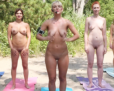 Nude news News anchor