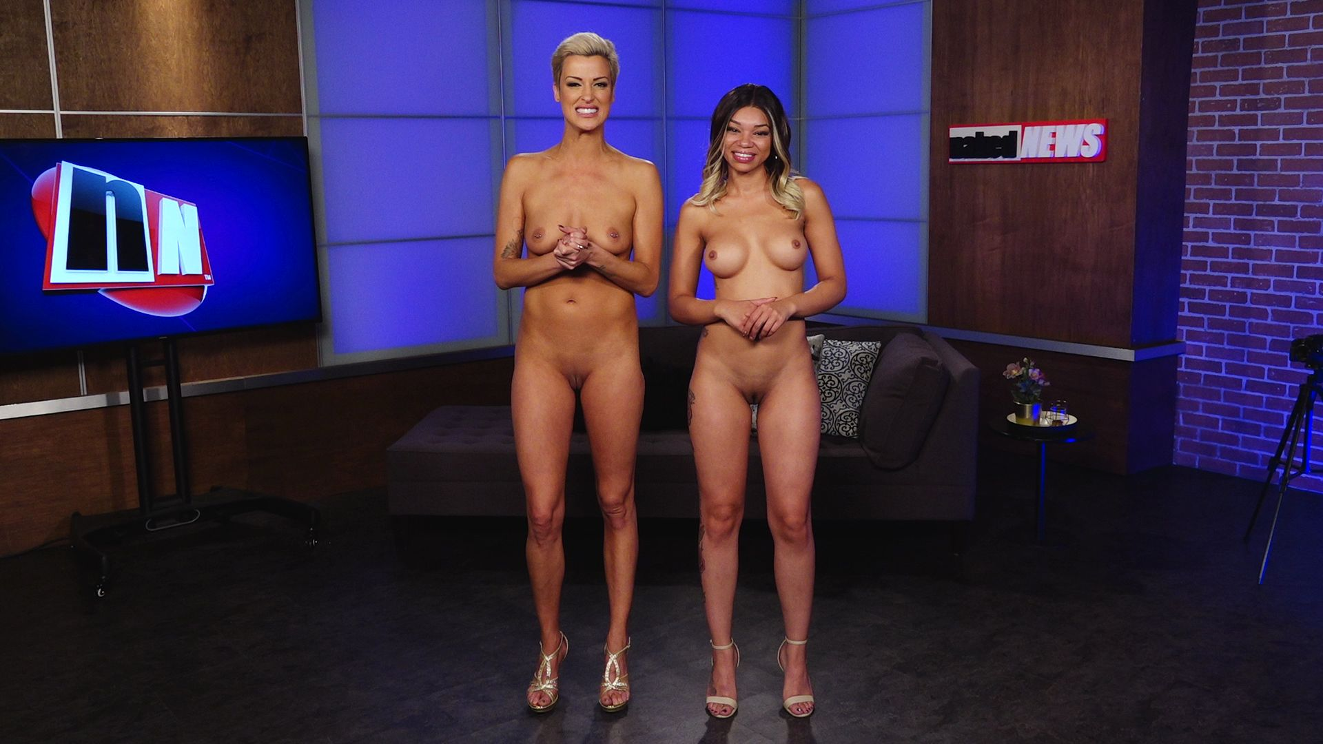 Sexy news readers nude