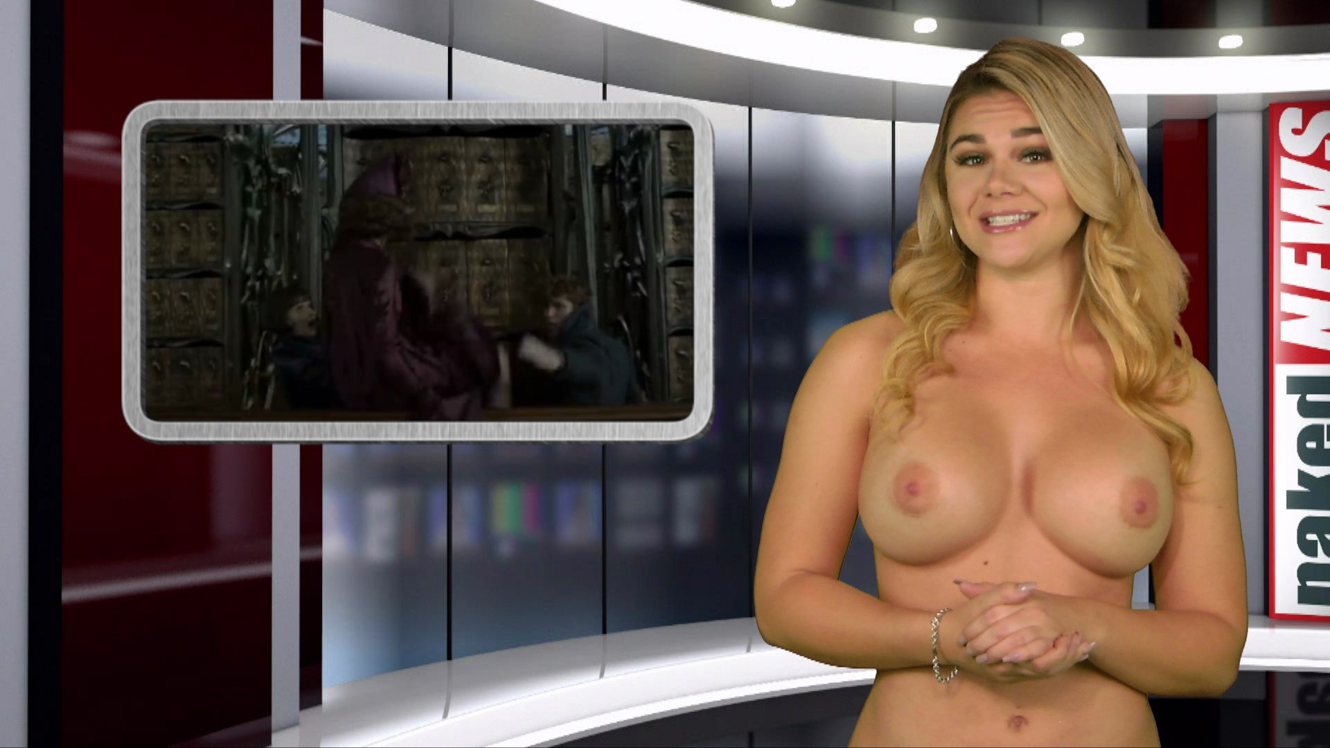 Marina Valmont  nackt